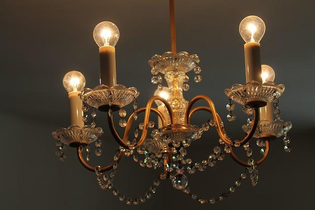 Czy lampy mogą dodać uroku wnętrzu?