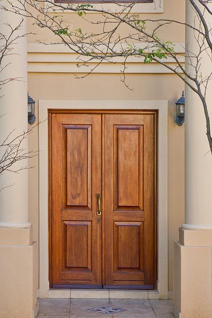 Drzwi i meble
